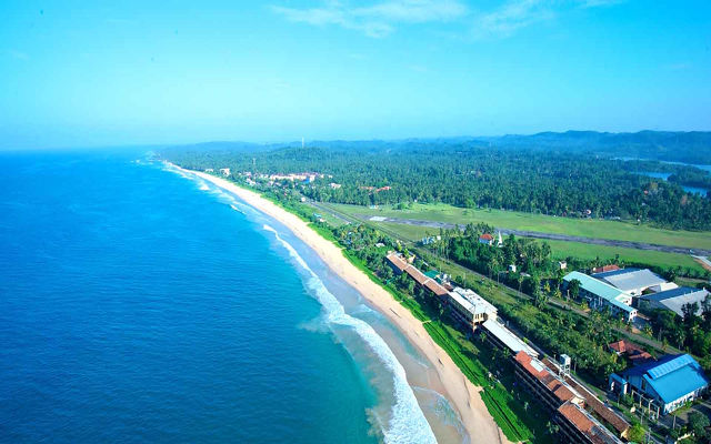 Sri Lanka - The Long Beach Resort