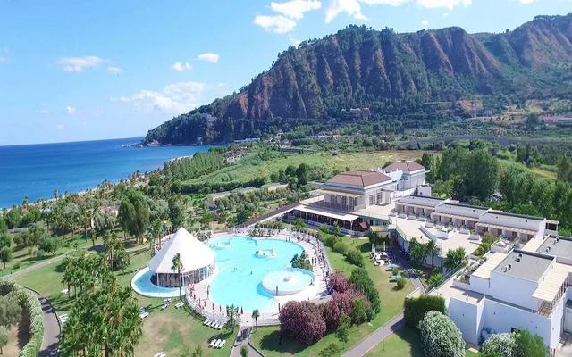 club esse sun beach resort
