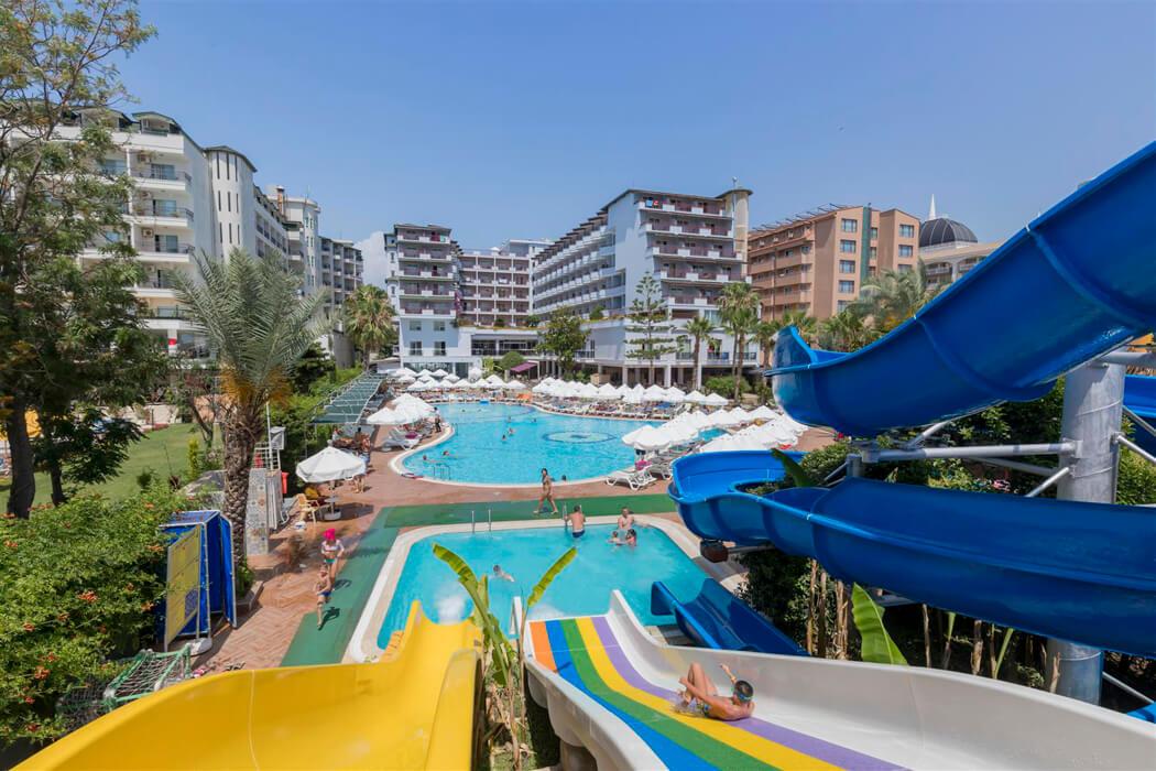 Hotel Holiday Park Resort (okurcalar) Turcja Alanya » Opis. JW Marriott Los Angeles LA LIVE Hotel. Casa Pannonia Hotel. Olivarius Apart'hotel. Villa Santa CruZ Creel Hotel